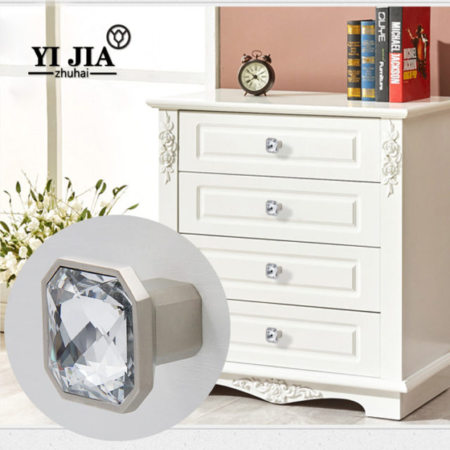 Square Knobs Yijia Crystal